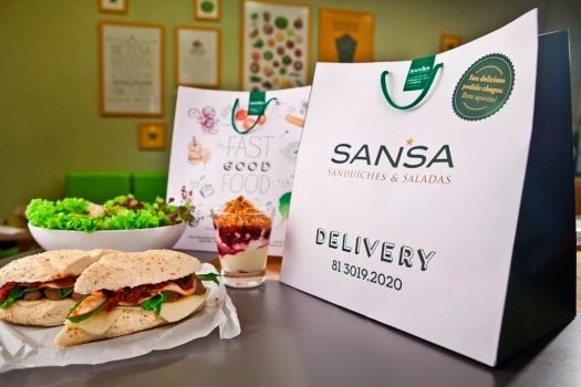 Sansa-Delivery-por-Rafa-Medeiros